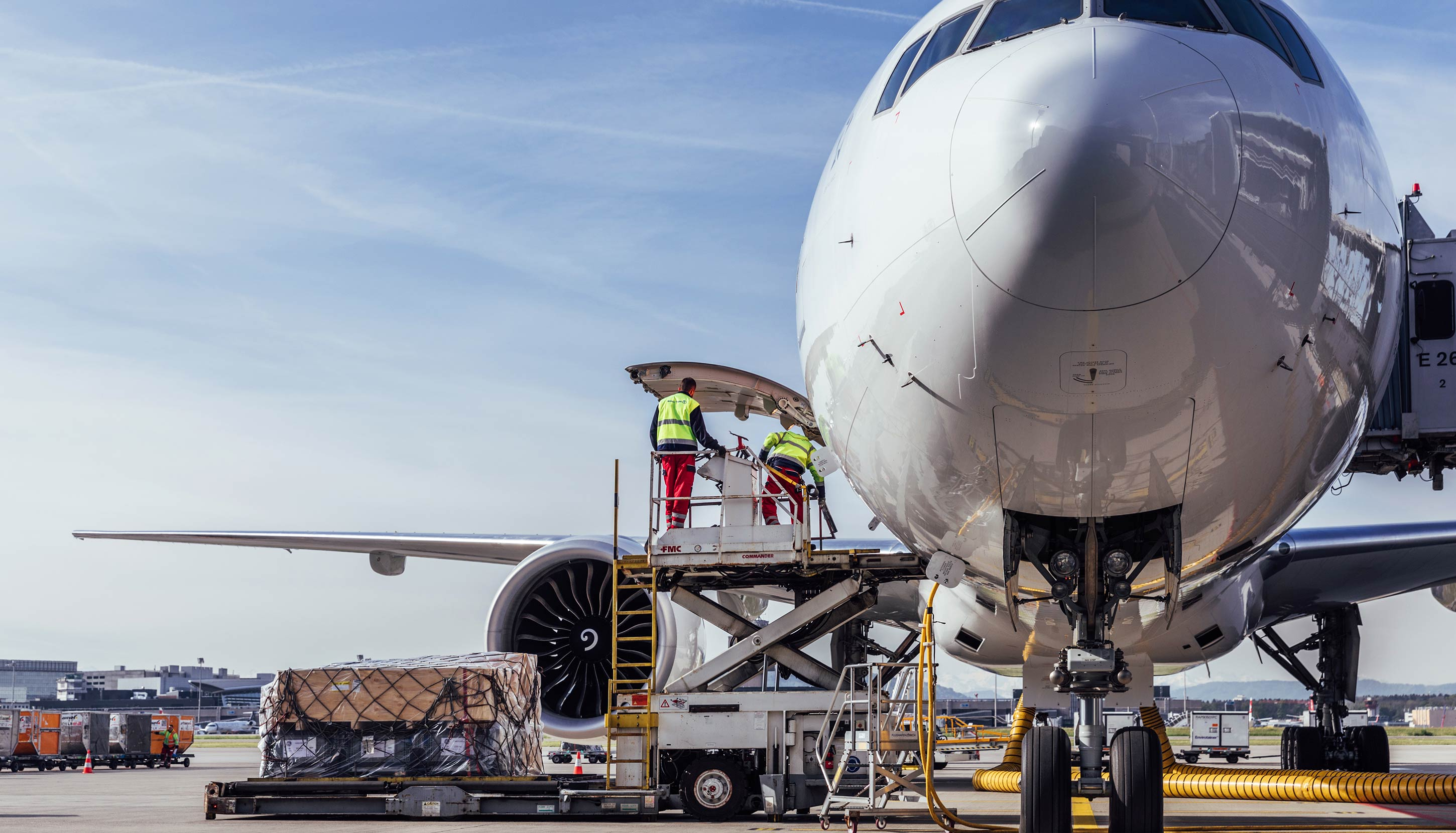 Air Logistics Air Freight Services To Achieve Your Business Goals Kuehne Nagel